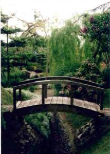 garden-214x300.jpg